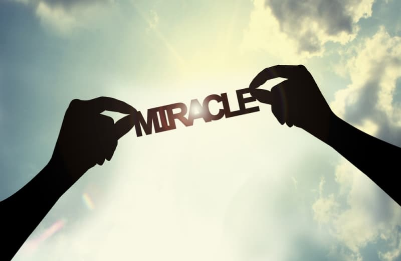 miracle_marquee_0